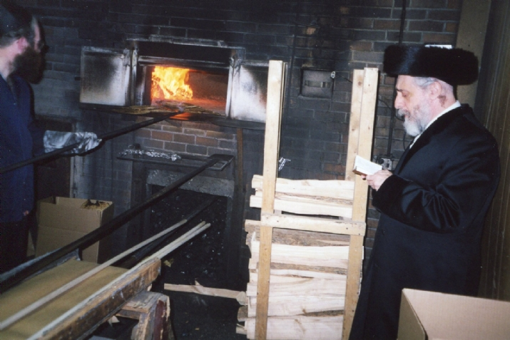 Minhag - Tradition of Not Eating Matza on Pesach