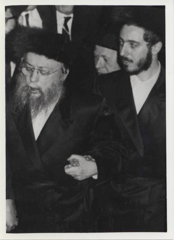 "Dancing with his son, ybl""c,